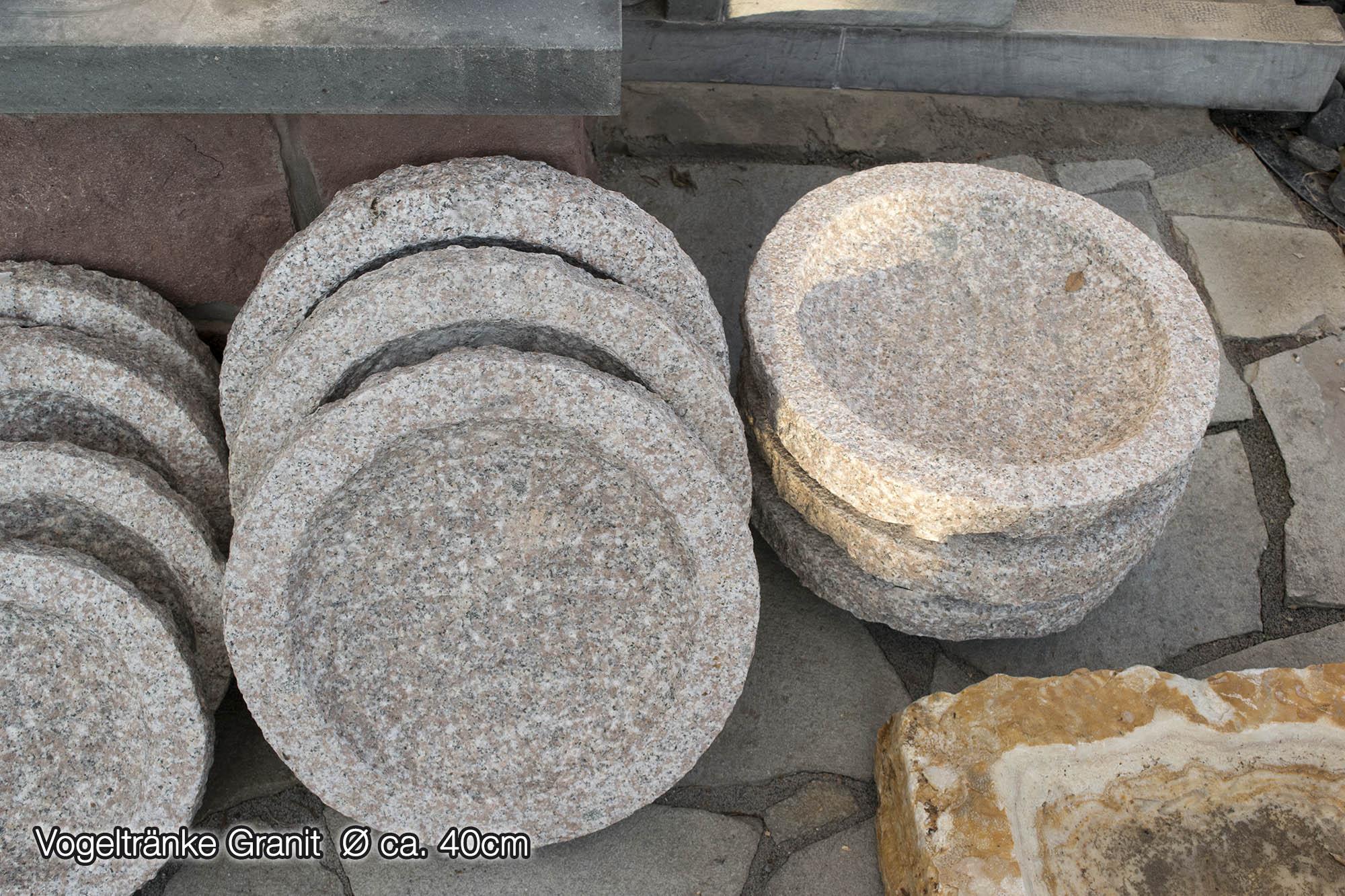 Vogeltränke rund<br>Granit rosa<br>Ø ca. 30 bzw. 40 cm (Naturstein ...
