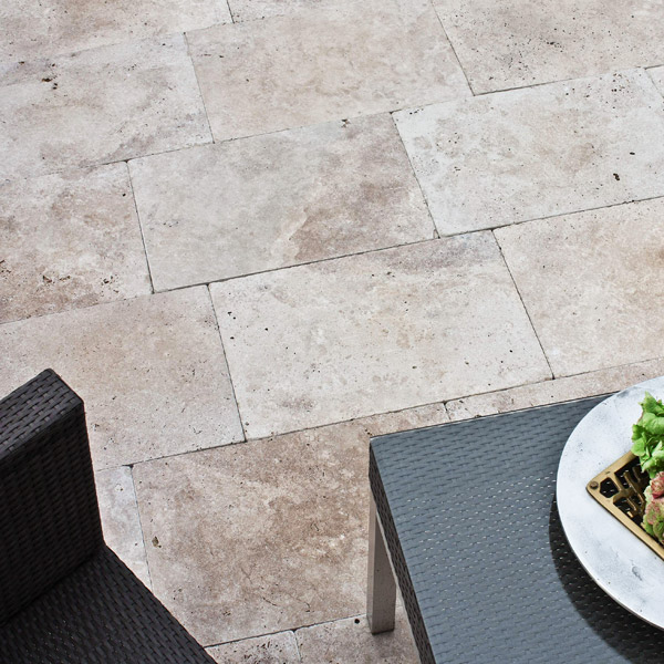 terrassenplatten travertin walnut naturstein baumaterial. Black Bedroom Furniture Sets. Home Design Ideas