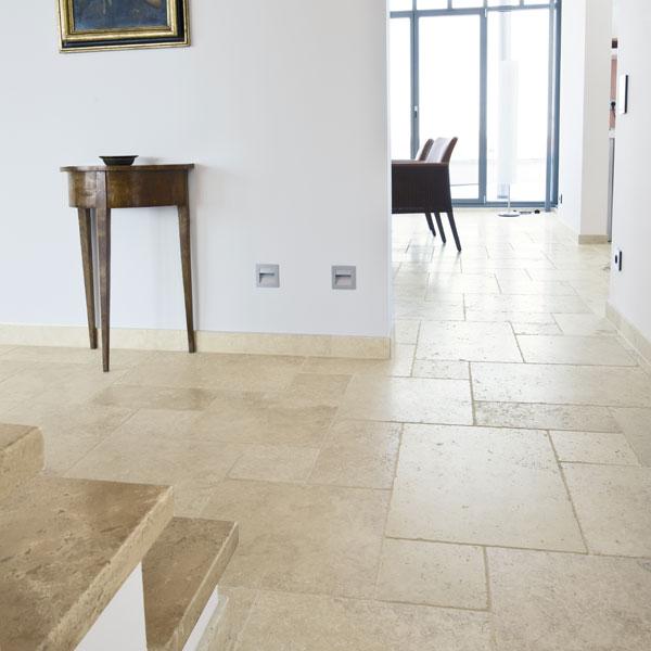 Bodenplatten Travertin Tuscany Beige Naturstein Baumaterial