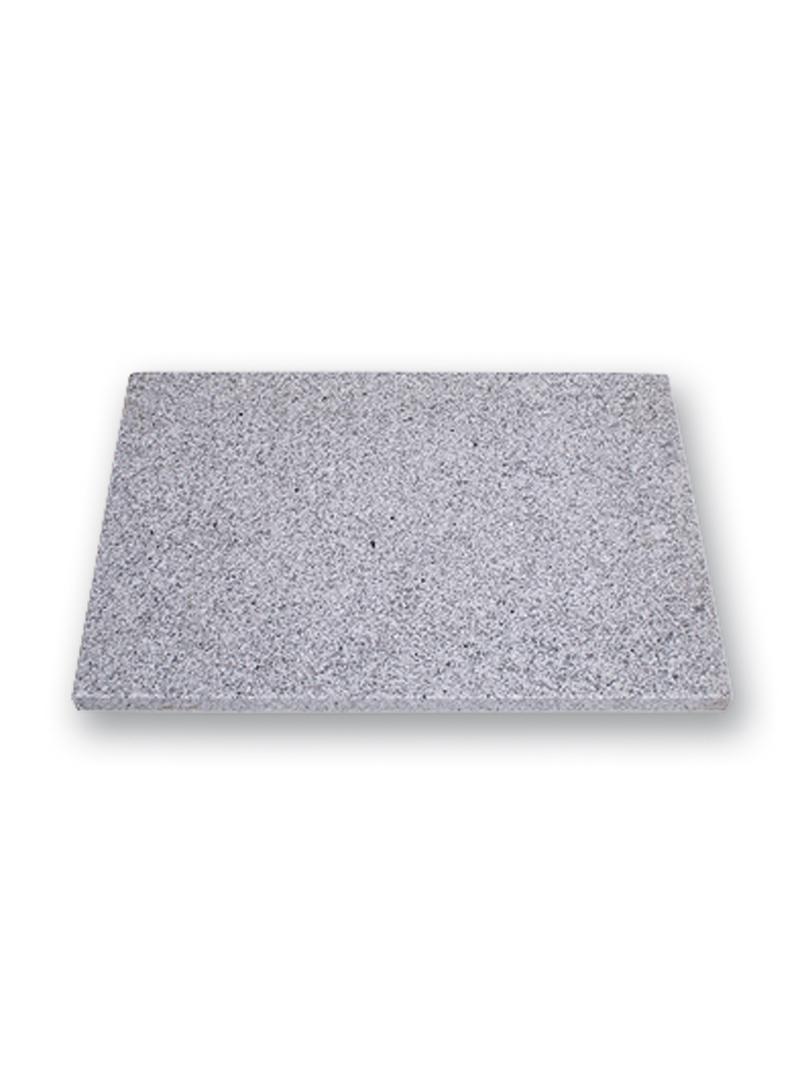 terrassenplatten granit hellgrau geflammt geb rstet naturstein baumaterial. Black Bedroom Furniture Sets. Home Design Ideas