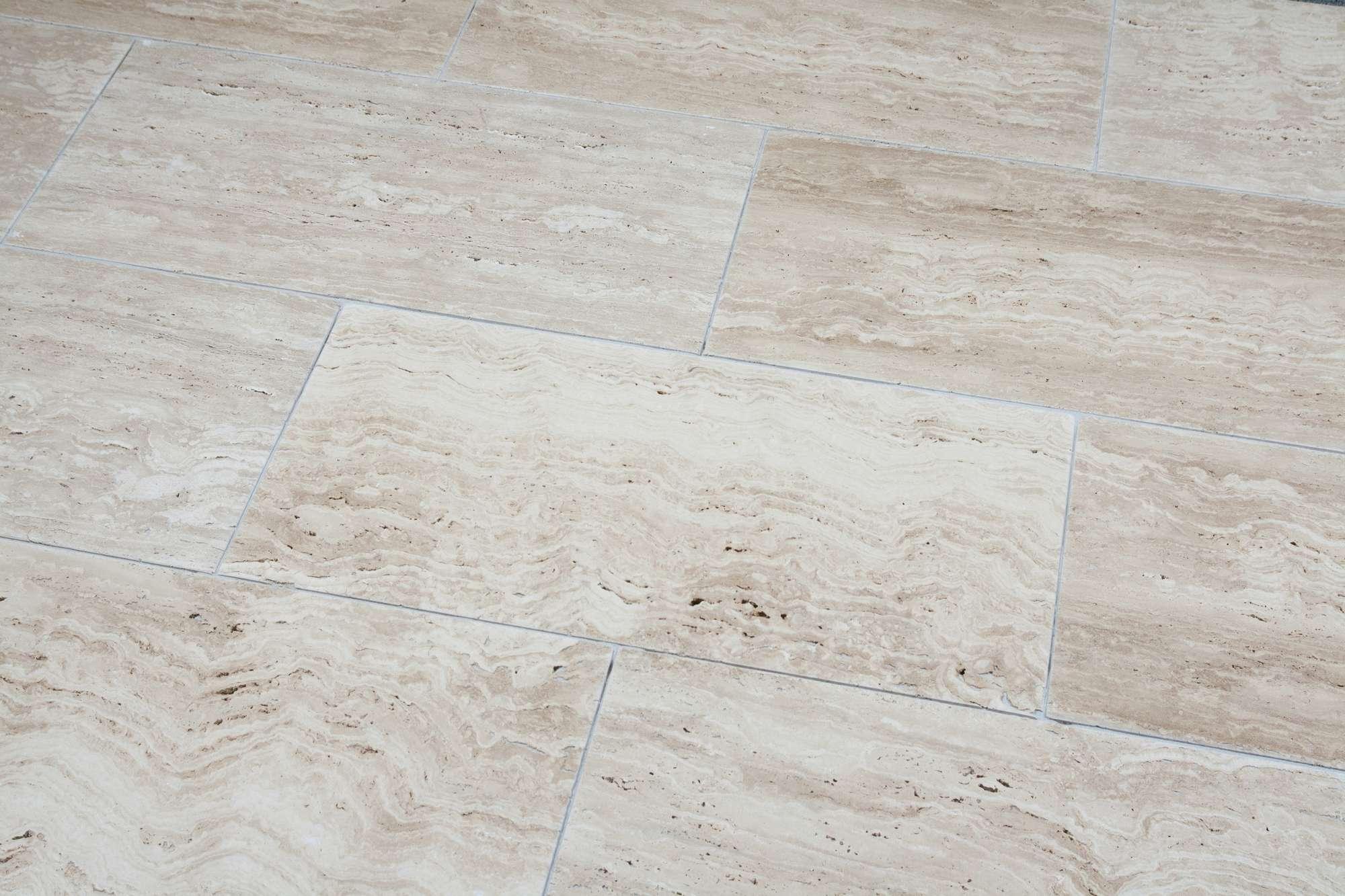 Travertin Terrassenplatten terrassenplatten travertin vanilla br satiniert naturstein baumaterial
