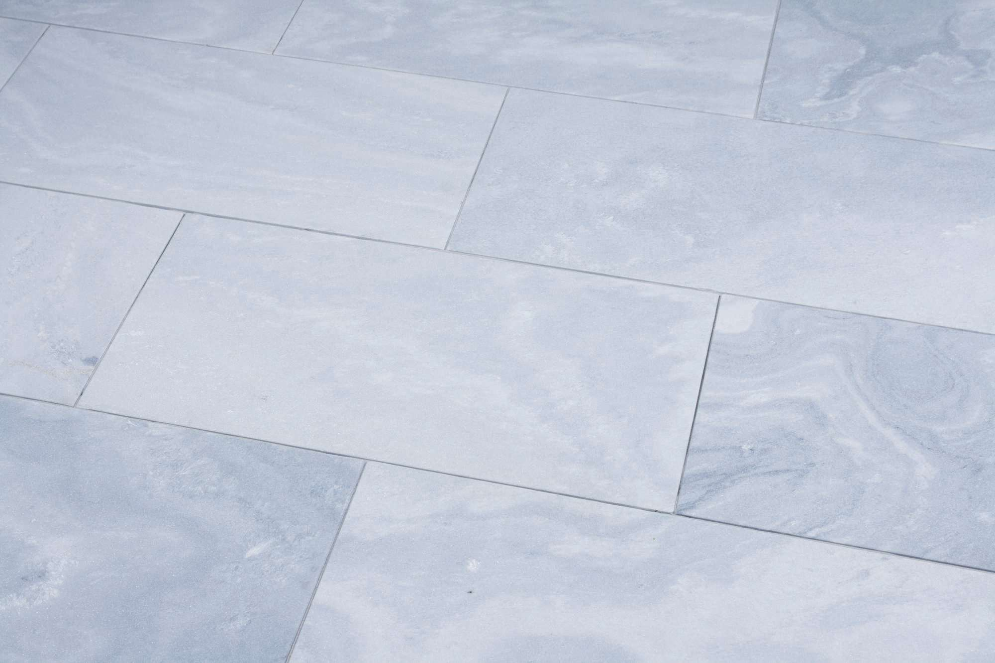 terrassenplatten marmor casablanca sandgestrahlt naturstein baumaterial. Black Bedroom Furniture Sets. Home Design Ideas