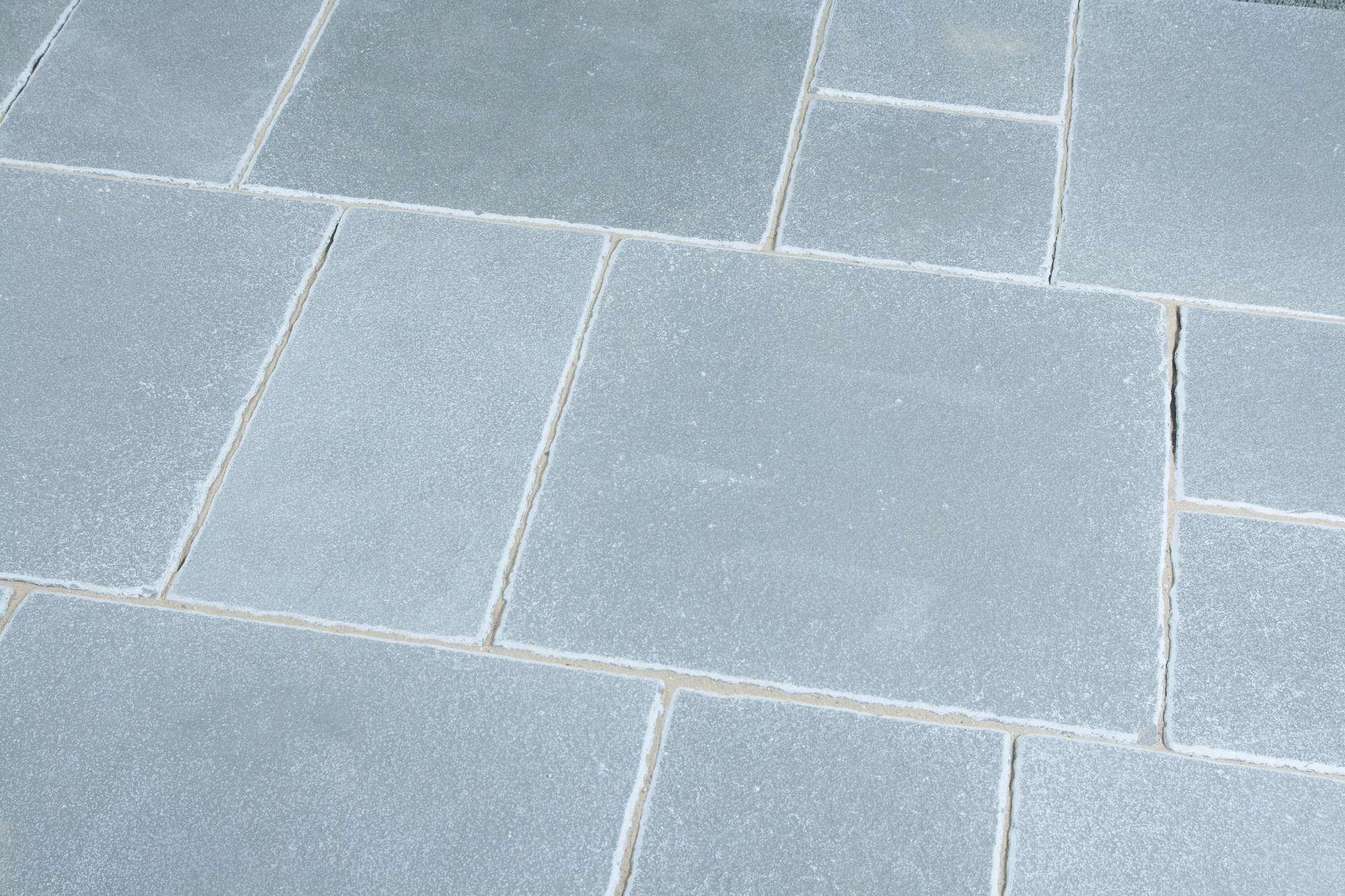 Terrassenplatten Kalkstein Marrakesch Grau Blau Br Spaltrau